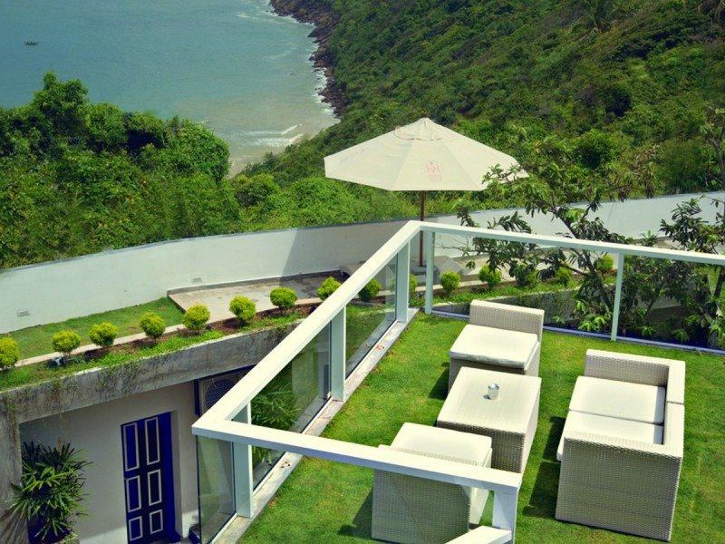 Outdoor Relaxing Areas At Cantaloupe Levels Galle